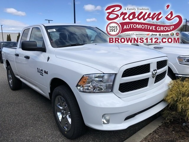 New 2019 RAM RAM 1500 Classic Express Quad Cab in Patchogue #R190550