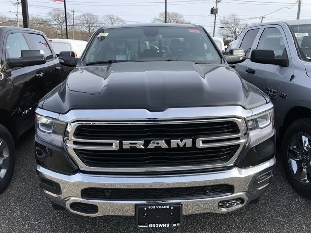 New 2019 RAM RAM 1500 Big Horn/Lone Star